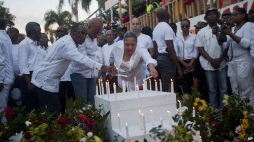 Carnival Vigil pageantry conducted the same day of tragedy excludes families who were mostly scouring local hospitals for news of their missing family members. But Martelly dictatorship went on with the carnival show!